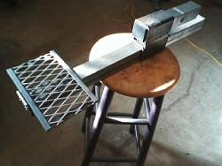 made a tailgate hitch step-unit-stool-0830161744-00.jpg
