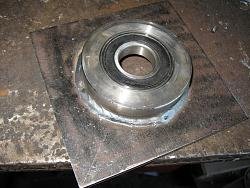Made a wood lathe-2.-6207-2rs-bearing-fitted-bearing-holder-img_0593.jpg