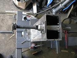 Made a wood lathe-37.-tool-post-mostly-assembled-img_0734.jpg