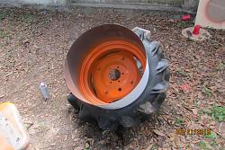 MASKING AND PAINTING A TRACTOR WHEEL-img_0342.jpg