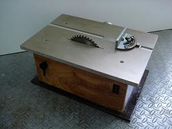 Mini-table saw (2)-8-guia-de-ingletes.jpg