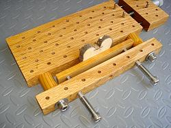 Multipurpose mini-vise-dsc08724.jpg