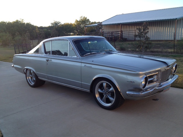 MuscleCarBuilds net: 1965 Plymouth Barracuda Pro Touring