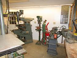 My first Bridgeport - a Series-1! - and an equally vintage 9x24 South Bend lathe!-img_0654.jpg