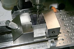 Offset tool bit holder for the lathe-img_2069.jpg
