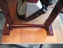 portable bandsaw stand-hinge.jpg