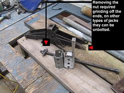 Post type leg vise for safer wood cutting.-woodvise4.jpg