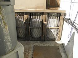 Propane cylinder locked security cage-023.jpg
