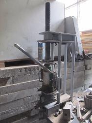 Raise lower hydraulic press bed?-img_0148.jpg