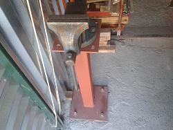 Removable pole stands vise base-1.jpg