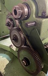Screw cutting by hand-gear-train.jpg