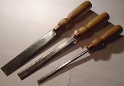 Set of paring chisels-dsc00020.jpg