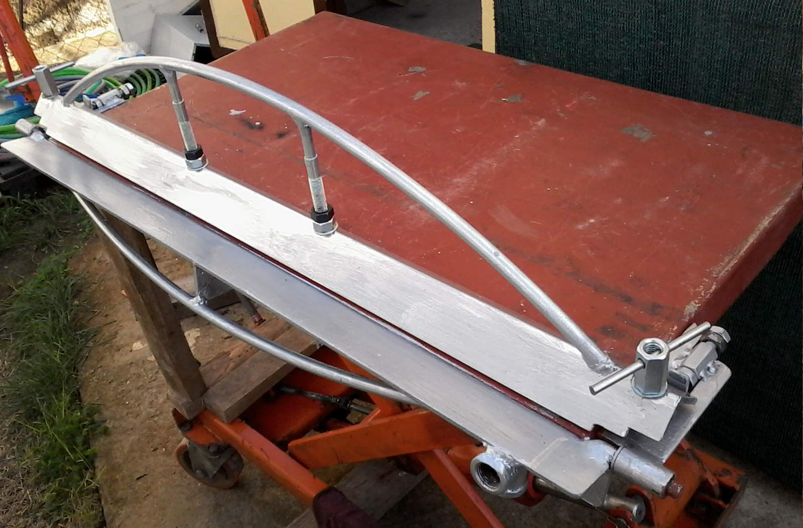 how to make a small sheet metal bender