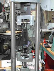 Shock dyno (or Shock absorber dynamometer)-sachs.jpg