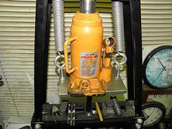 Shop hydraulic Bottle Press-063.jpg