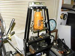 Shop hydraulic Bottle Press-064.jpg