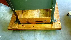 Table Saw and Jointer Dolly-table-saw-dolly-holds-sawdust-bin.jpg