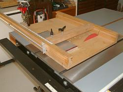 Table Saw and Router Work Center with T-Square Fence-dscf0006.jpg