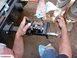 Is there vise mount to a round steel post using pipe chain-540784222.jpg