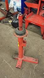 Tire spreader and rim cleaning stand.-20170116_164517.jpg