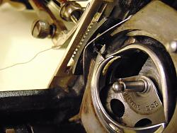 Trouble with old sewing machine-dsc02035_1600x1200.jpg