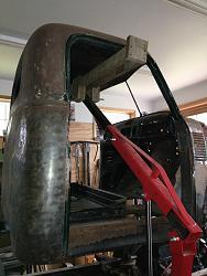 Truck cab attachment for engine hoist.-img_2704-1.jpg