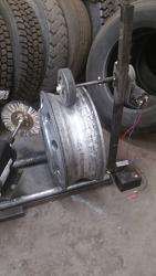 Truck wheel polishing machine-20170110_170549.jpg
