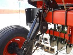 TYE no till drill rebuild-dscn0145c.jpg