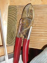 Uses for Magnets-pruning-shears.jpg