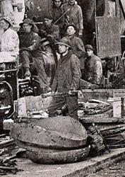 Vintage work crew photos-coating_boiler_with_asbestos_work_crew1918_crop.jpg