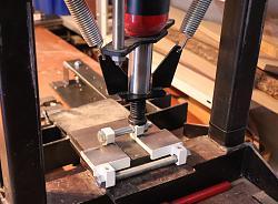 Vise modification for simple metal bending and forming tasks.-pr%E4ssi.jpg