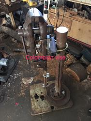 Vise stand for Colombian post vise-vise.jpg