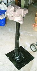 Vise Stand-dcp03240.jpg