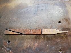 WELDING SLAG CHIPPING HAMMER FROM AN OLD FILE.-img_20190415_084542.jpg