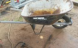Wheel barrow handles-20180616_161952.jpgxx.jpg