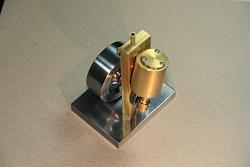 Wobbler Steam or Air Engine-img_1096.jpg