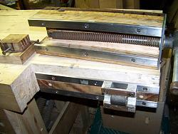 Woodworking workbench-wwbench02_viseinside.jpg