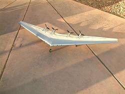 XB-35 Flying Wing RC Model-dscf0003.jpg