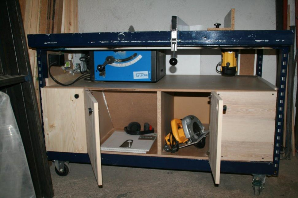 Storage in tablesaw