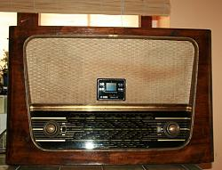 members/beri/albums/homebuilt-stuff/155-1950-ties-tube-radio-upgraded-usb-mp3-player-2-x-18w-rms-stereo-amp-38w-rms-driving-8-subwoofer.jpg