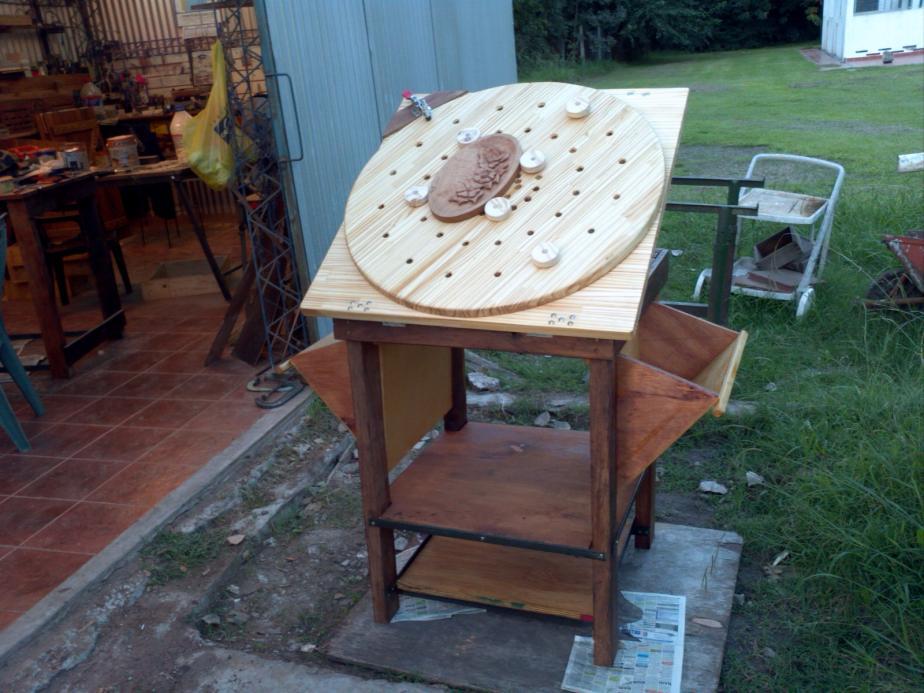 Homemade carving bench homemadetools