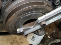 Crankshaft Pulley Holder