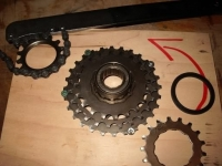 Freewheel Disassembly Fixture