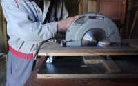 Crosscut Saw Table