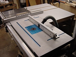 Homemade router mount in table saw extension homemadetools greentooth Choice Image