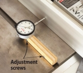 Table Saw Alignment Fixture