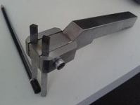 Dual Sided Tangential Tool Holder