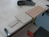 Bench Cam Vise