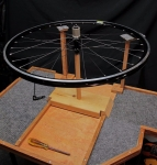Spoke Lacing Table