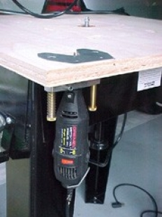 Homemade mini router table for Diy dremel router table